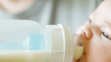 Bebek maması başlamak  hakkında neler bilmelisiniz?